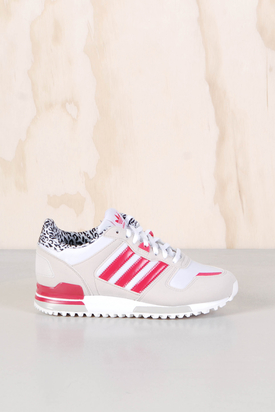 Adidas: ZX 700 W Bliss Black Pink
