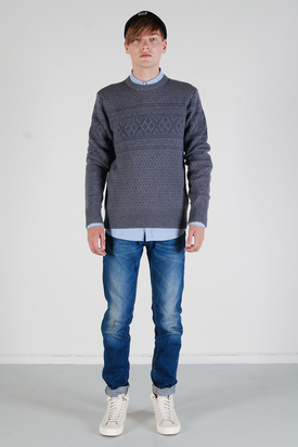 Levis: Crew Nordic Storm Cloud Sweater
