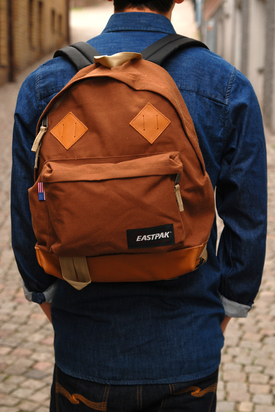 Eastpak: Padded Pak'r Returnity Sand