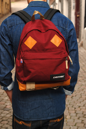 Eastpak: Padded Pak'r Returnity Red