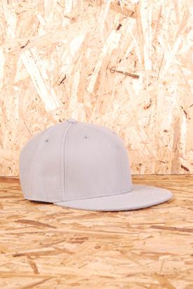 Yokiono: Grey Cap