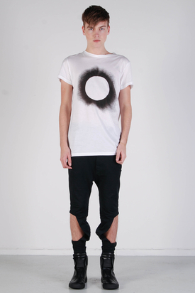 Odeur: Askew T-shirt Hole Black