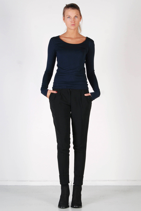 S'nob: Round BV1 Navy Top