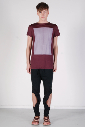 Odeur: Askew T-shirt Wine