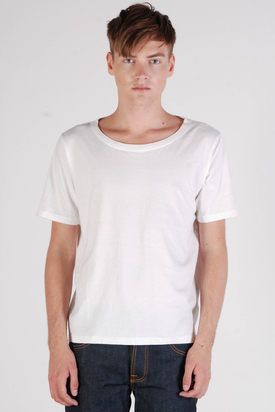 Nudie: Wide Neck Offwhite Org. T-shirt