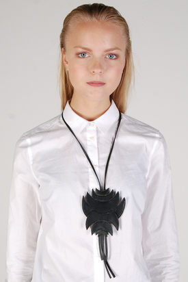 Gabriella Svarvare: Necklace Leather Patch