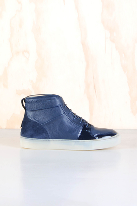H By Hudson: Balsta Calf Navy
