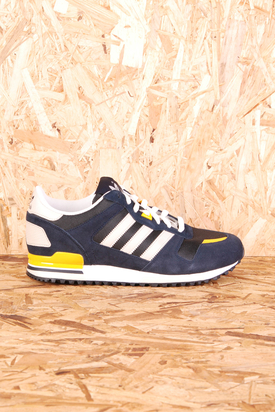 Adidas: ZX 700 Legink Bliss Black