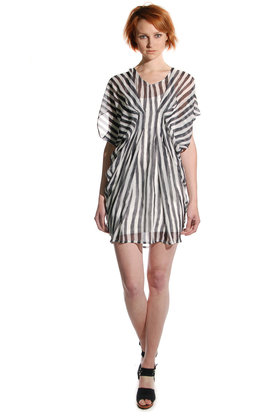 S'nob: Sia Striped Dress