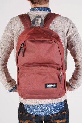 Eastpak: Out Of Office Klassix Red