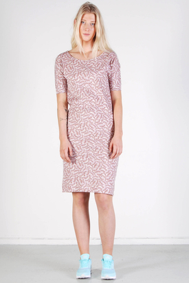 Maska: Ylva Pattern T-shirt Dress