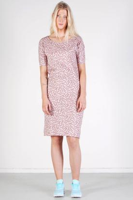Maska: Ylva Pattern T-shirt Dress