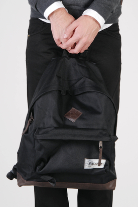 Eastpak: Wyoming Backpack Into The Black