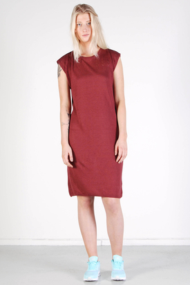 Maska: Vera Eyelet Structure Dress Wine