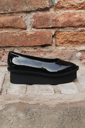 Cheap Monday: Form Ballerina Patent Black