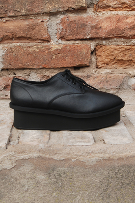Cheap Monday: Form Oxford Black