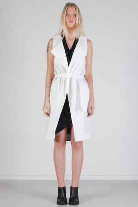Noir & Blanc: Layer Vest White