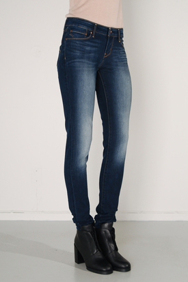 Levis: Demi Curve Skinny Indigo Intrigue