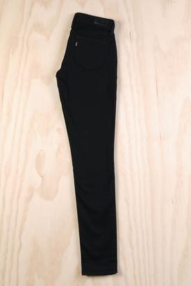 Levis: Demi Curve Skinny Black