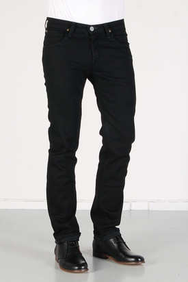 Lee: Daren Clean Black