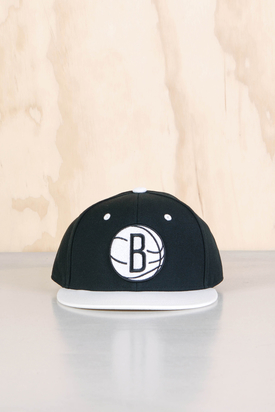 Adidas: NBA Fitted Nets Cap