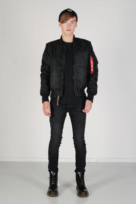 Alpha Industries: MA-1 Bomber Jacket Black