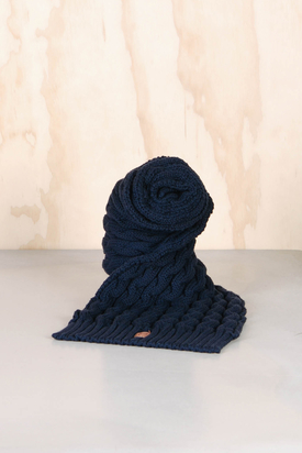 Knowledge Cotton: Knit Scarf Navy