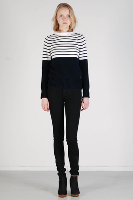 Svea: Highland Knit Navy Stripe