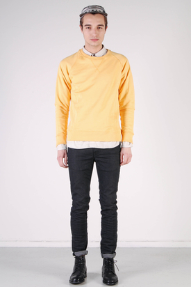 A.O.CMS: Crew-Neck Sweat Bleached Orange