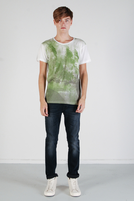 Cheap Monday: Tor Printed Tee Bone