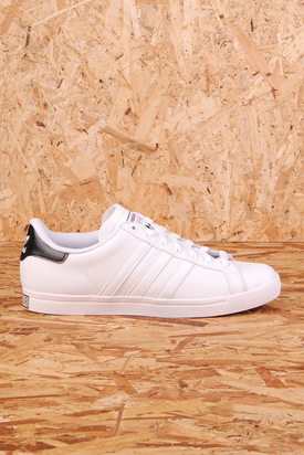 Adidas: Court Star White