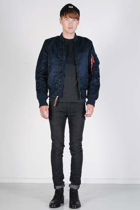 Alpha Industries: MA-1 VF 59 Bomber Jacket Replica Blue
