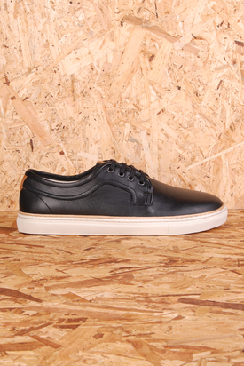 H By Hudson: Vattern Calf Black