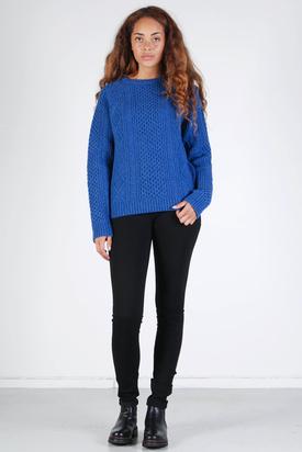 Maska: Malin Sweater Sea Blue