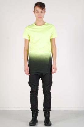 Odeur: Skew T-shirt Neon Fade Print