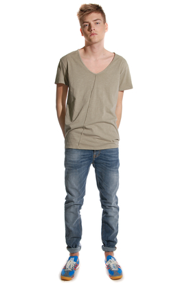 Cheap Monday: Zahl Tee Mud